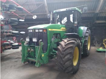 جرَّار عجلات John Deere 8110 Powershift Top Zustand
